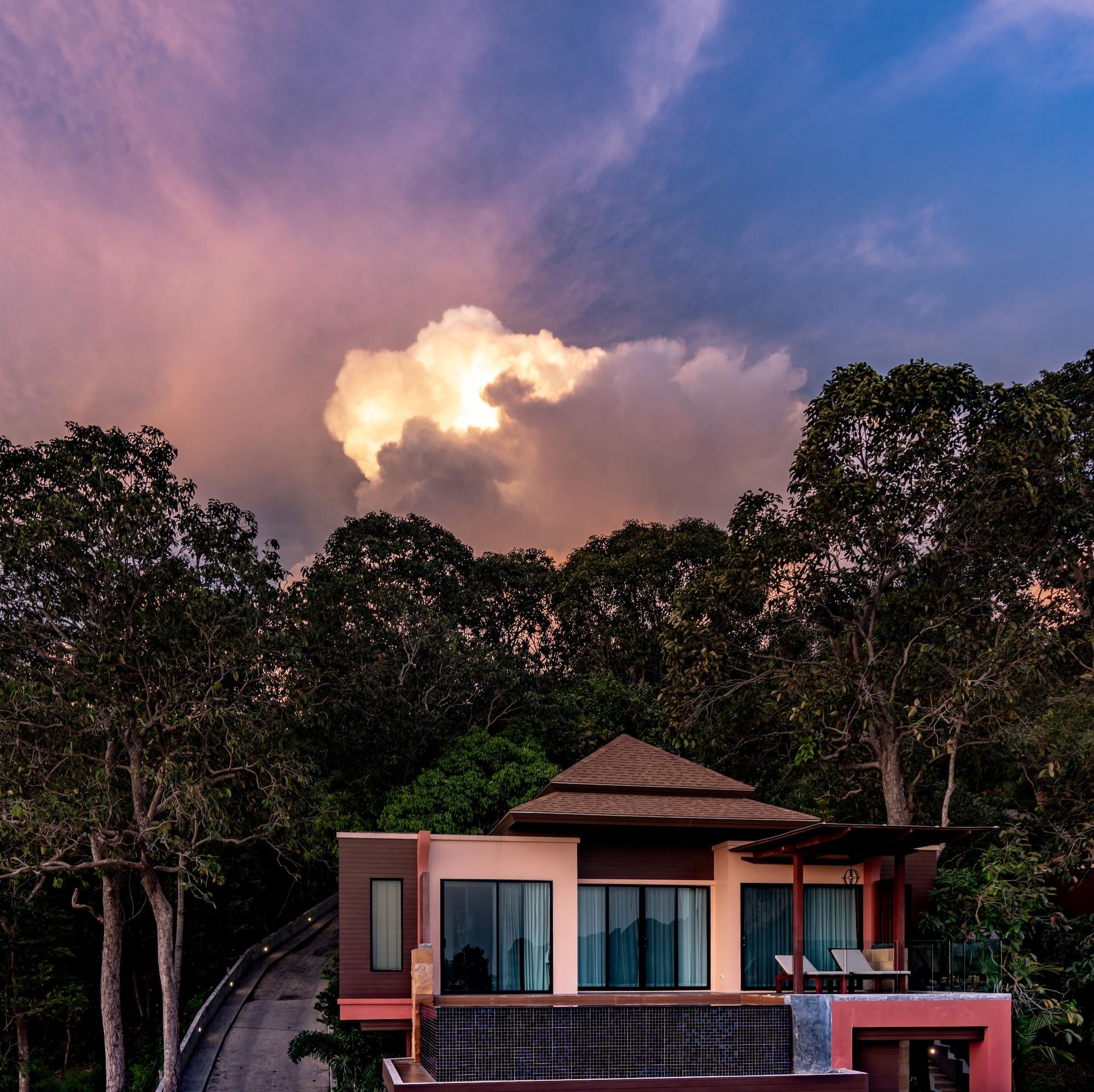 Aonang Cliff Beach Resort, Muang Krabi