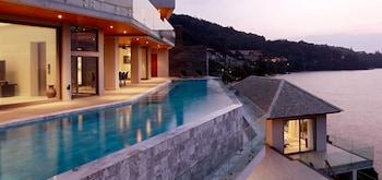 5 Bedroom Ocean Front Pool Villa