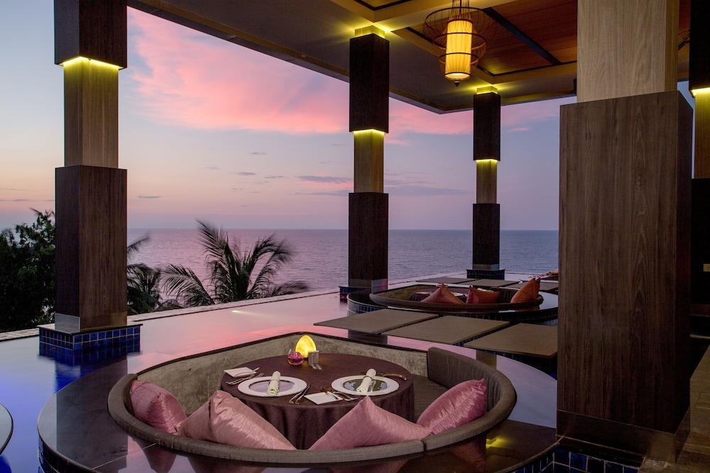 https://i.travelapi.com/hotels/3000000/2950000/2945800/2945736/6d199ee8_z.jpg