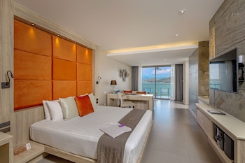 Sea View Jacuzzi Junior Suites