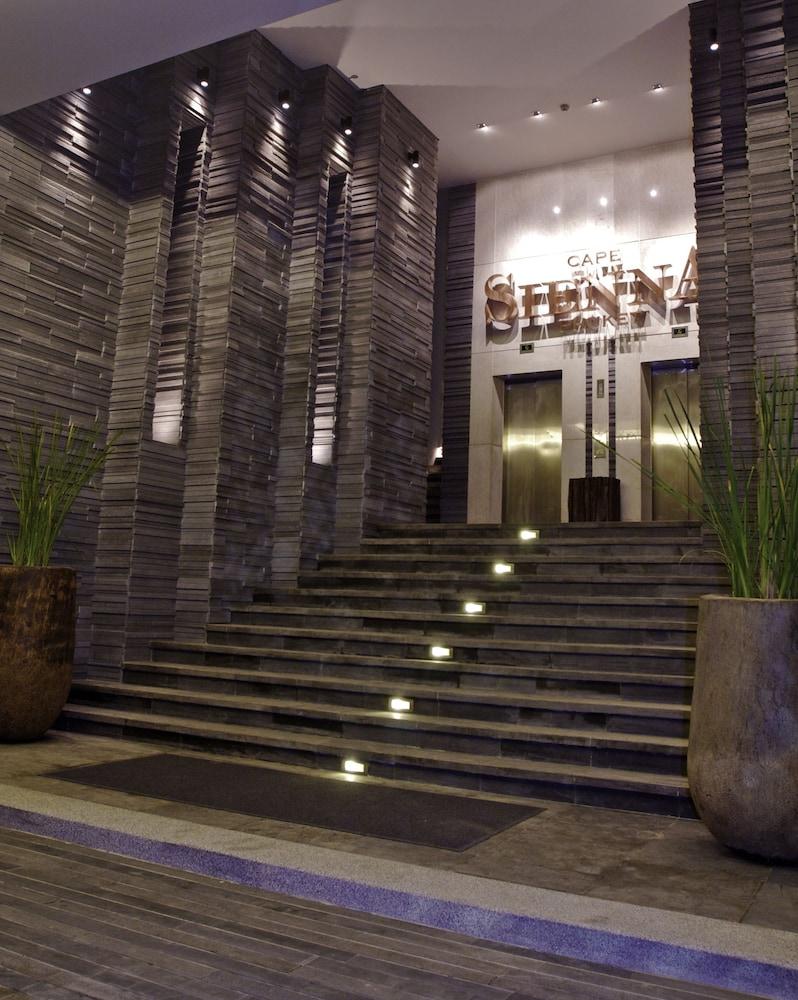 https://i.travelapi.com/hotels/3000000/2950000/2945800/2945736/da4af7a1_z.jpg