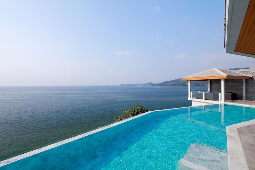 https://i.travelapi.com/hotels/3000000/2950000/2945800/2945736/e3ee357e_z.jpg