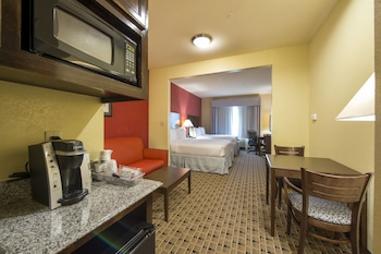 Suite, 2 Queen Beds, Accessible, Bathtub (Hearing, Mobility)