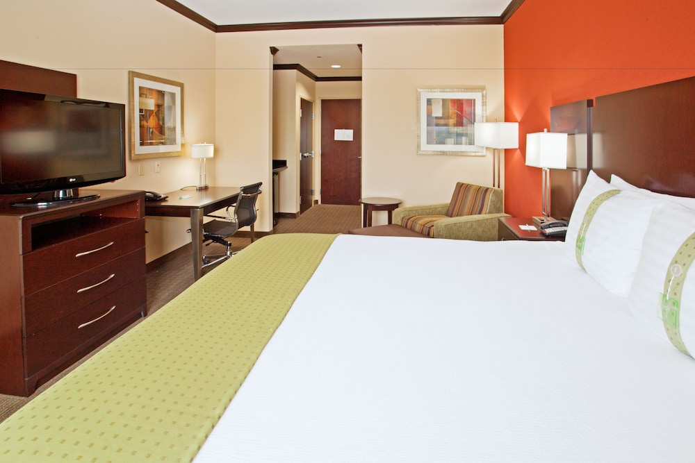 Deluxe Room, Multiple Beds, Accessible, Bathtub (Hearing)