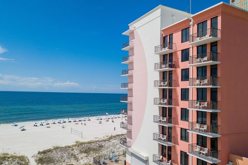 . Hampton Inn & Suites Orange Beach/Gulf Front