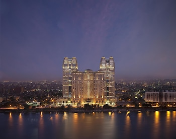 Hotel - Fairmont Nile City, Cairo