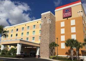 Hotel - Comfort Suites At Fairgrounds-Casino