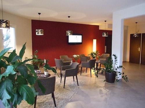 . Hotel Inn Design Chambery - La Ravoire