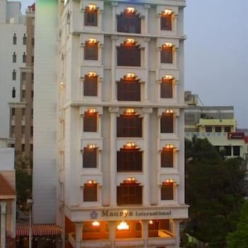 Hotel - Hotel Maurya International