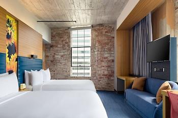 aloft, Room, 2 Queen Beds, Non Smoking