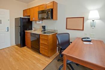 Studio Suite, 1 Queen Bed, Accessible, Non Smoking (Wheelchair)