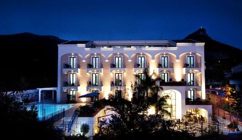 . Hotel Murmann