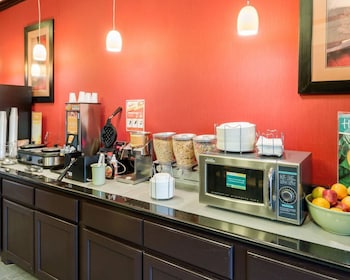 Quality Inn & Suites - Property Image 2