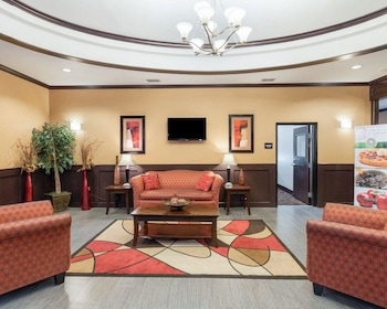 Quality Inn & Suites - Property Image 4