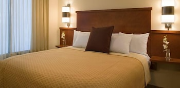 Room, 1 King Bed (High Floor)