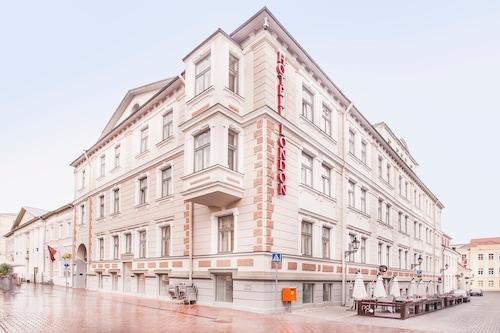 . Hotel London by Tartuhotels