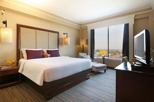 . The Imperial Hotel & Convention Centre Korat