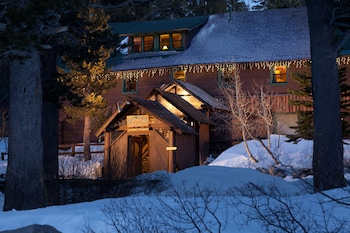Tamarack Lodge Resort