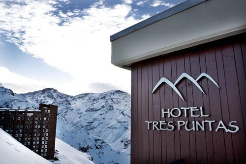 Hotel Tres Puntas, Cordillera