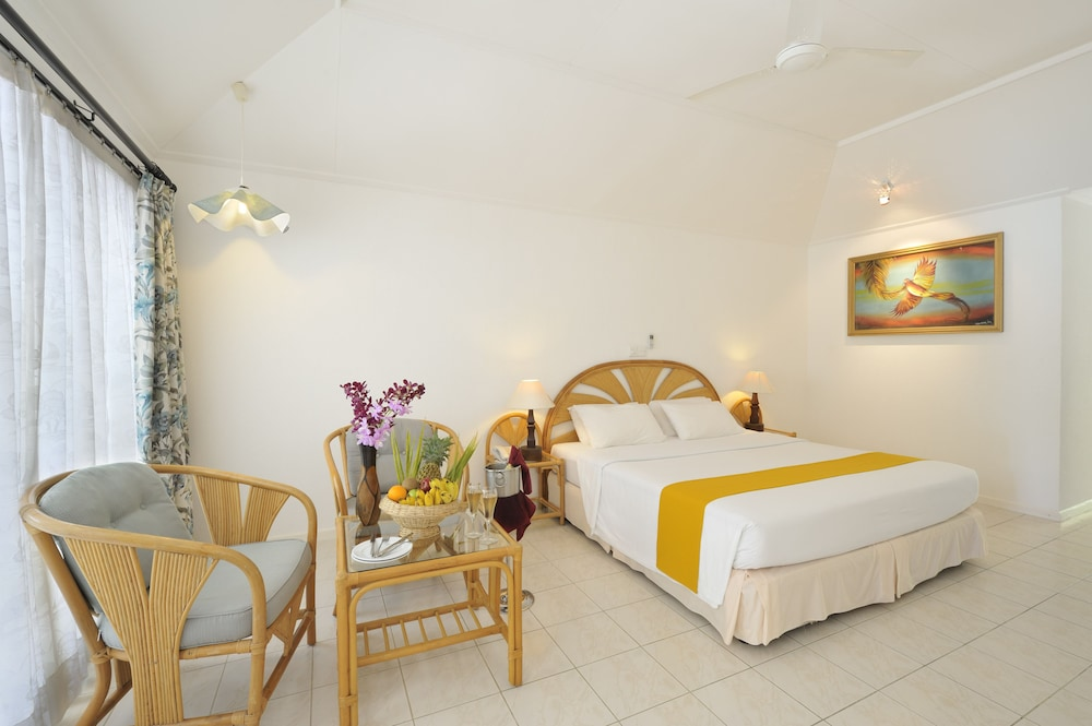 할리데이 아일랜드 리조트 앤드 스파(Holiday Island Resort & Spa) Hotel Thumbnail Image 7 - Guestroom