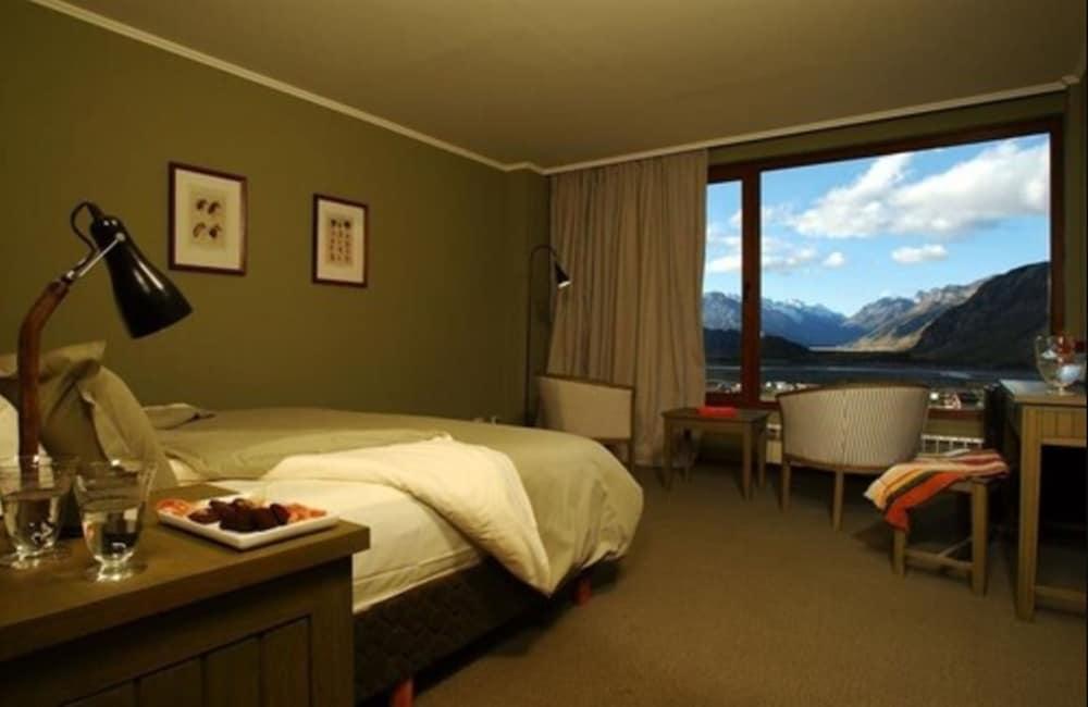 https://i.travelapi.com/hotels/3000000/3000000/2995200/2995124/5c069146_z.jpg
