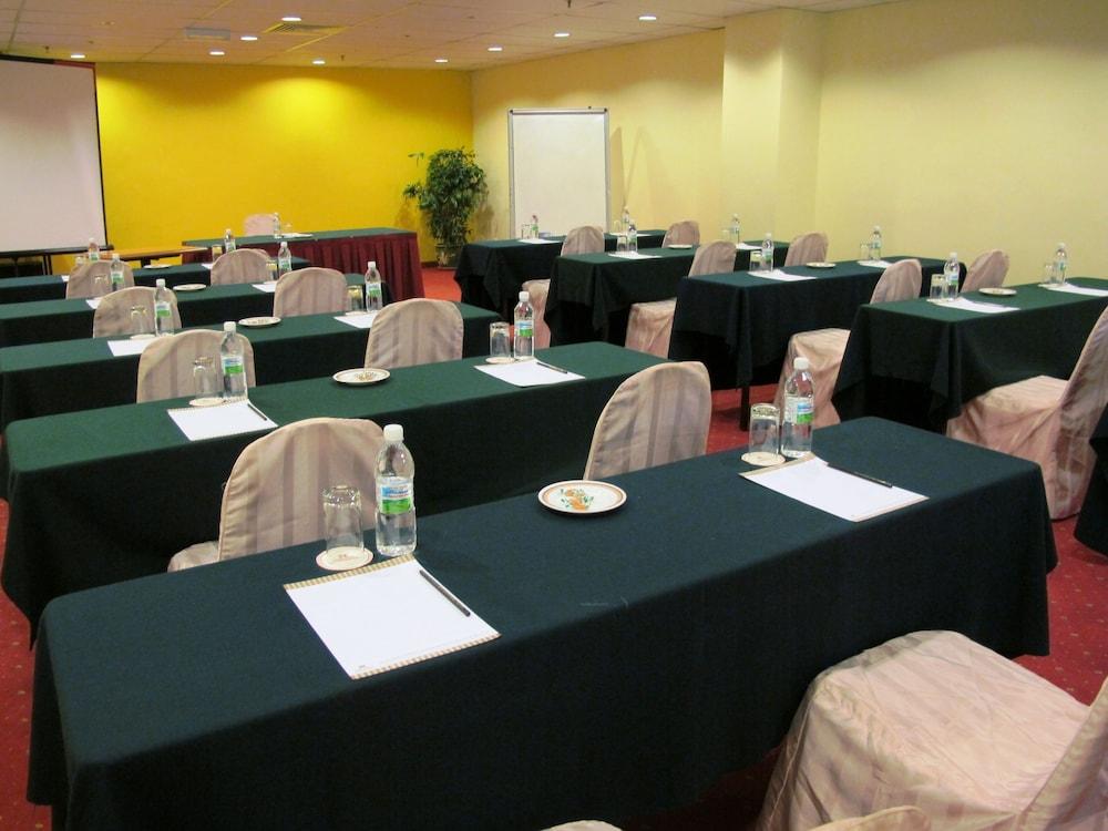 그랜드 컨티넨털, 쿠칭(Grand Continental,Kuching) Hotel Image 67 - Meeting Facility