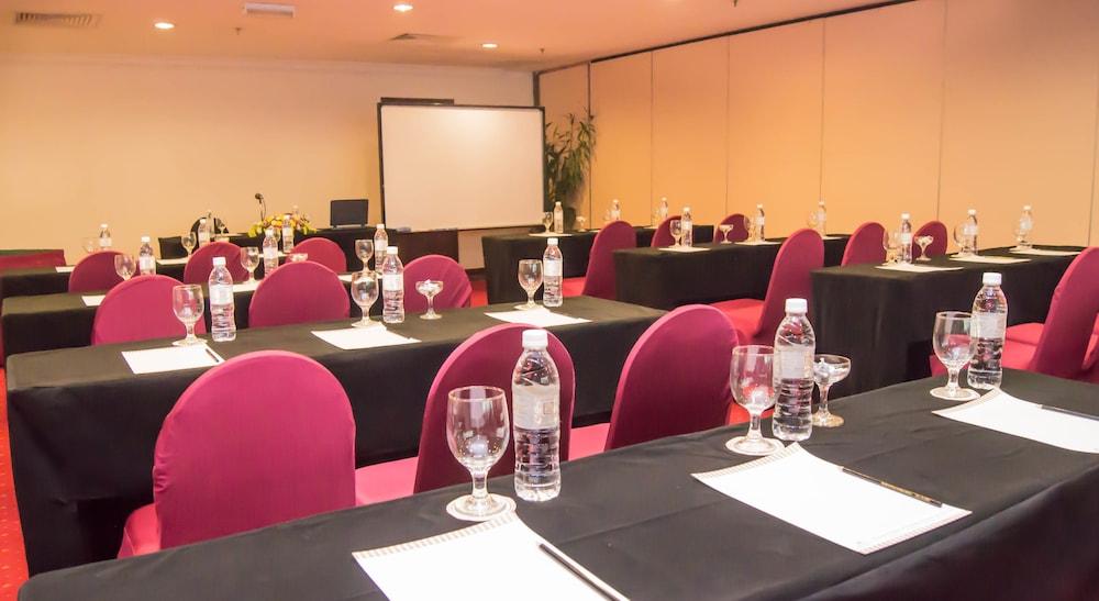 그랜드 컨티넨털, 쿠칭(Grand Continental,Kuching) Hotel Image 71 - Meeting Facility