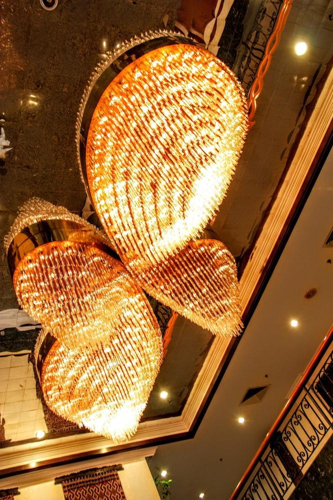 그랜드 컨티넨털, 쿠칭(Grand Continental,Kuching) Hotel Image 43 - Interior Entrance
