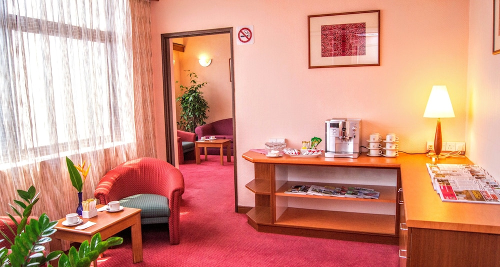 그랜드 컨티넨털, 쿠칭(Grand Continental,Kuching) Hotel Image 62 - Hotel Lounge