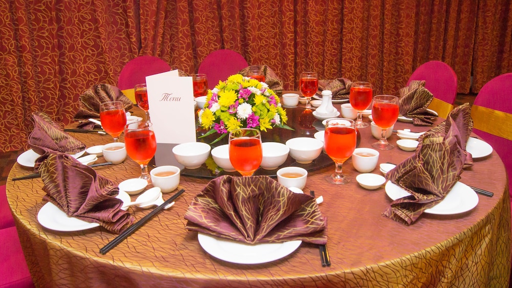 그랜드 컨티넨털, 쿠칭(Grand Continental,Kuching) Hotel Image 55 - Dining