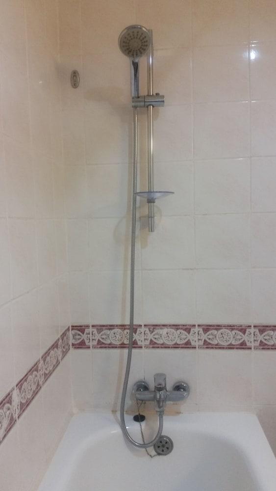 그랜드 컨티넨털, 쿠칭(Grand Continental,Kuching) Hotel Image 46 - Bathroom