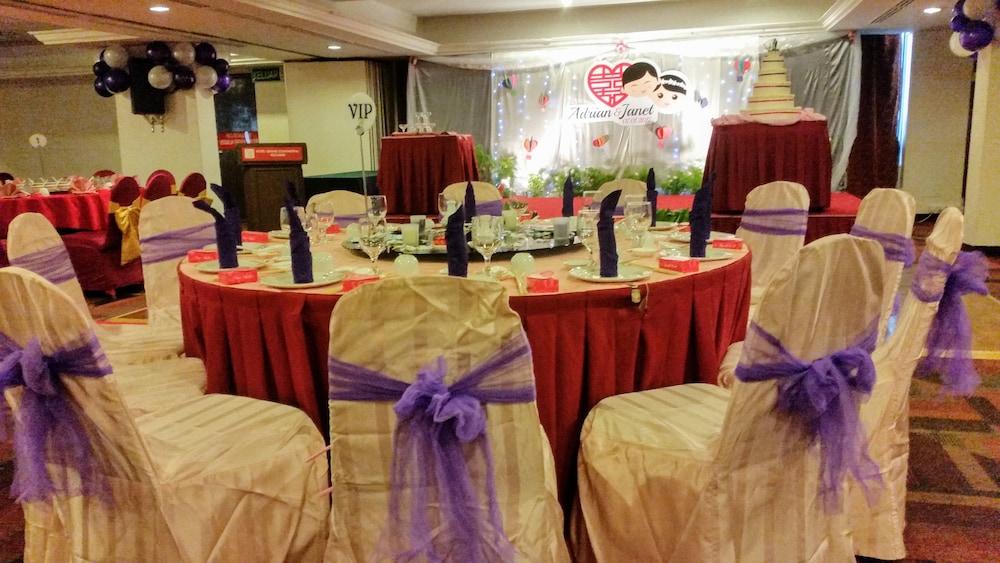 그랜드 컨티넨털, 쿠칭(Grand Continental,Kuching) Hotel Image 65 - Indoor Wedding