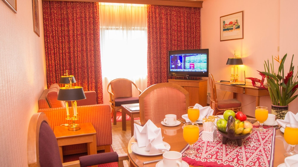 그랜드 컨티넨털, 쿠칭(Grand Continental,Kuching) Hotel Image 39 - Living Room