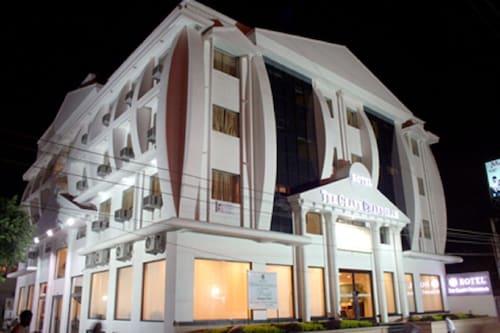 . HOTEL THE GRAND CHANDIRAM