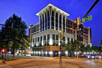 格林維爾市中心希爾頓惠庭套房飯店 Homewood Suites by Hilton Greenville Downtown