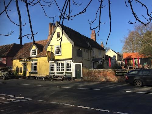 Chelsworth Peacock Inn, Suffolk