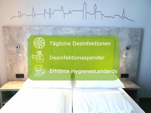 __{offers.Best_flights}__ SleepySleepy Hotel Dillingen