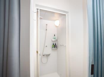 HOTEL BASE NARA - HOSTEL Bathroom