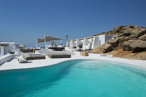 Amethyst Suite, South Aegean