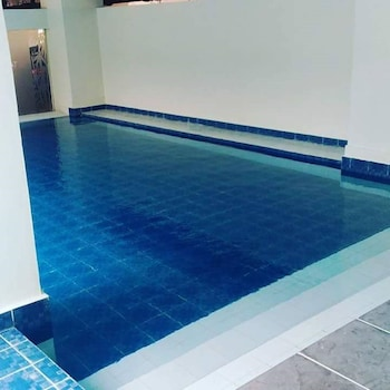 MARK'S CONDO AT TAGAYTAY PRIME Indoor Pool