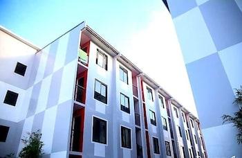 MARELLA SUITES CAMPVILLE ALABANG Exterior