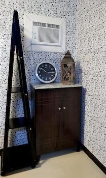MARELLA SUITES CAMPVILLE ALABANG Room Amenity