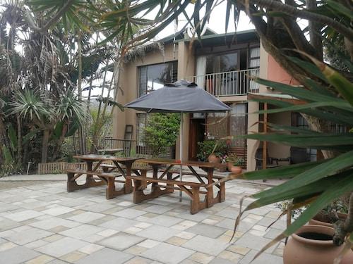 . Umzimvubu Retreat Guest House