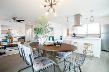 Chic 3BR Austin Home by Domio