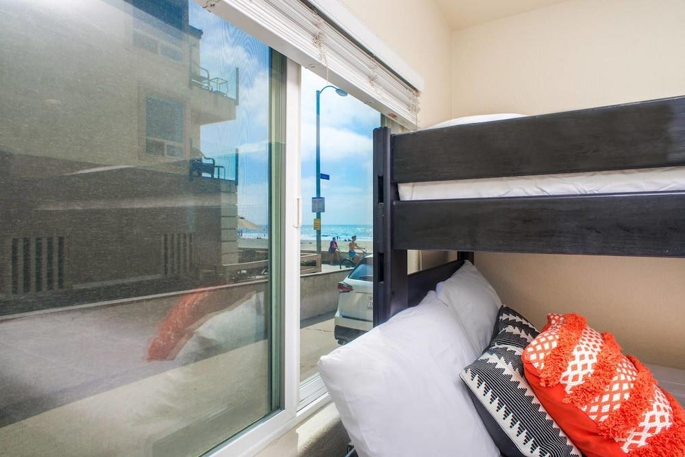 ビューティフル 2 ベッドルーム / 1 バス ネクスト トゥ ミッション ビーチ バイ ドミオ