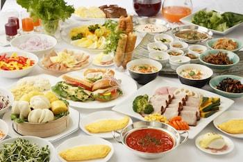 REMM TOKYO KYOBASHI Breakfast Meal
