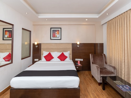 Capital O 896 The Royal Regency, Chennai