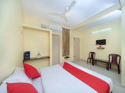 OYO 16346 Ss Residency, Coimbatore