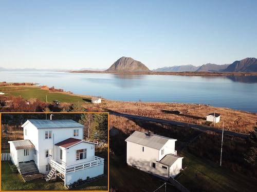 Hoven view Lofoten, Vestvågøy