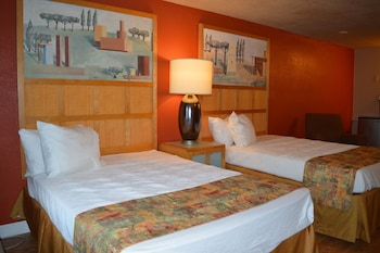 Guestroom at Liberty Inn in Kissimmee